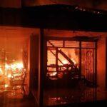 Ditinggal Keluar Kota, Rumah Besar di Situbondo Ludes Terbakar