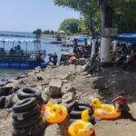 Liburan Hari Raya Idul Fitri 2021, Warga Situbondo Berwisata ke Pantai