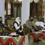 Bupati Blitar Rapat Virtual dengan Camat dan Kades, Berlakukan SOP Pencegahan Covid-19