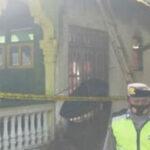 Diduga Korsleting Listrik, Rumah Pekerja Toko Bangunan di Gandusari Ludes Terbakar