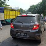 Tak Bawa Surat Izin, 8 Kendaraan Dihalau dari Surabaya
