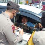 Hari Pertama Penyekatan Larangan Mudik di Jatim, 2.803 Kendaraan Diputar Balik