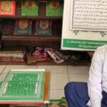 Mondok di Gresik dan Mengandalkan Pendengaran, Santri Tunanetra asal Jombang Ini Hafal Al-Qur'an 30 Juz Plus Terjemahnya