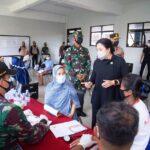 Puan Maharani Pilih Awasi Vaksinasi di Permukiman Padat Penduduk