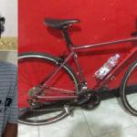 Mencuri Sepeda Angin depan Indomaret Darmo Surabaya, Pria Ini Tertangkap Warga