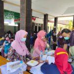 Capaian Vaksinasi di Situbondo Rendah, Puskesmas Panarukan SasarRatusan Orang