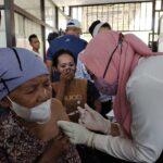 Puskesmas Panarukan Situbondo Sasar Vaksinasi di Pasar Tradisional
